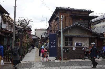 A160321 上野から谷中へ (16).JPG